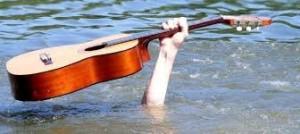 gitaar boven water